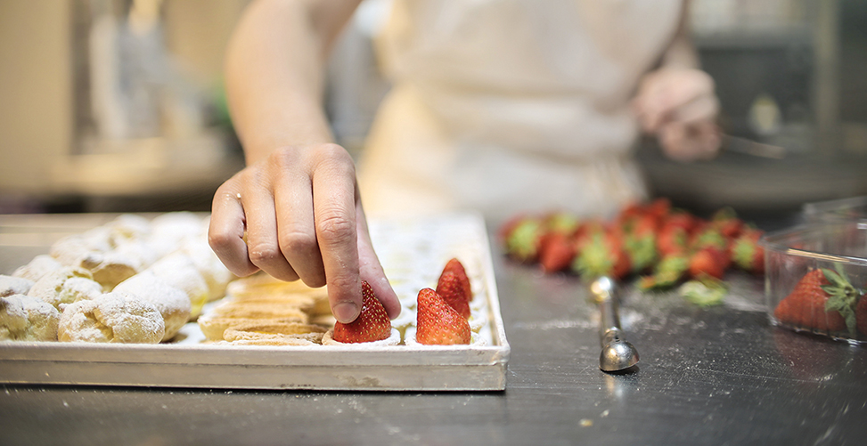 Explore Your Artistic Side as a Pastry Artist