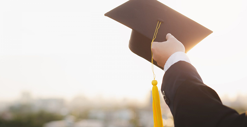 Diploma, Degree or Certificate? What's the Difference?
